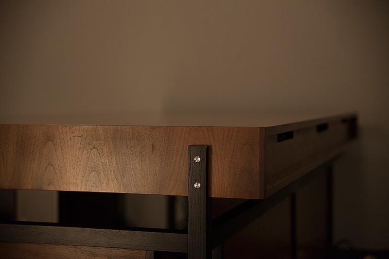malina-desk2